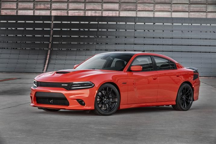 If You Are A Fast And Furious Fan Then Also Probably Muscle Car Fanatic This Makes The 2017 Dodge Charger Highly Sought After Vehicle As It Is